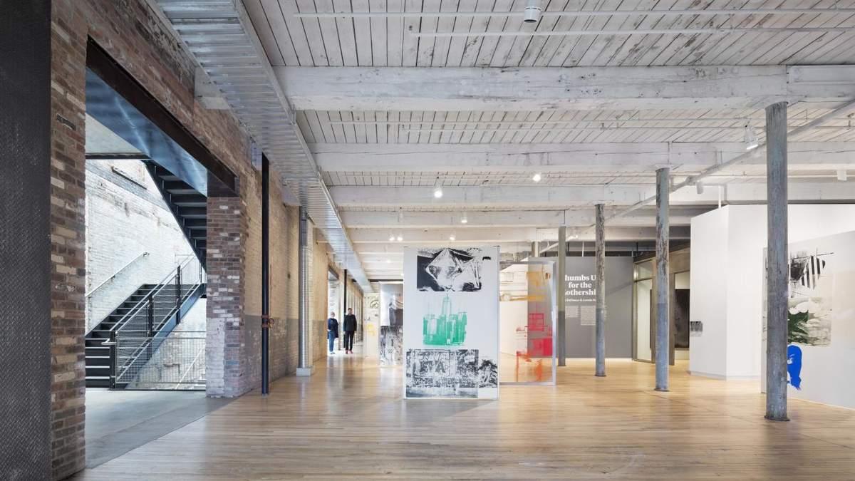 Офисные здания имеют действительно интересные варианты интерьера