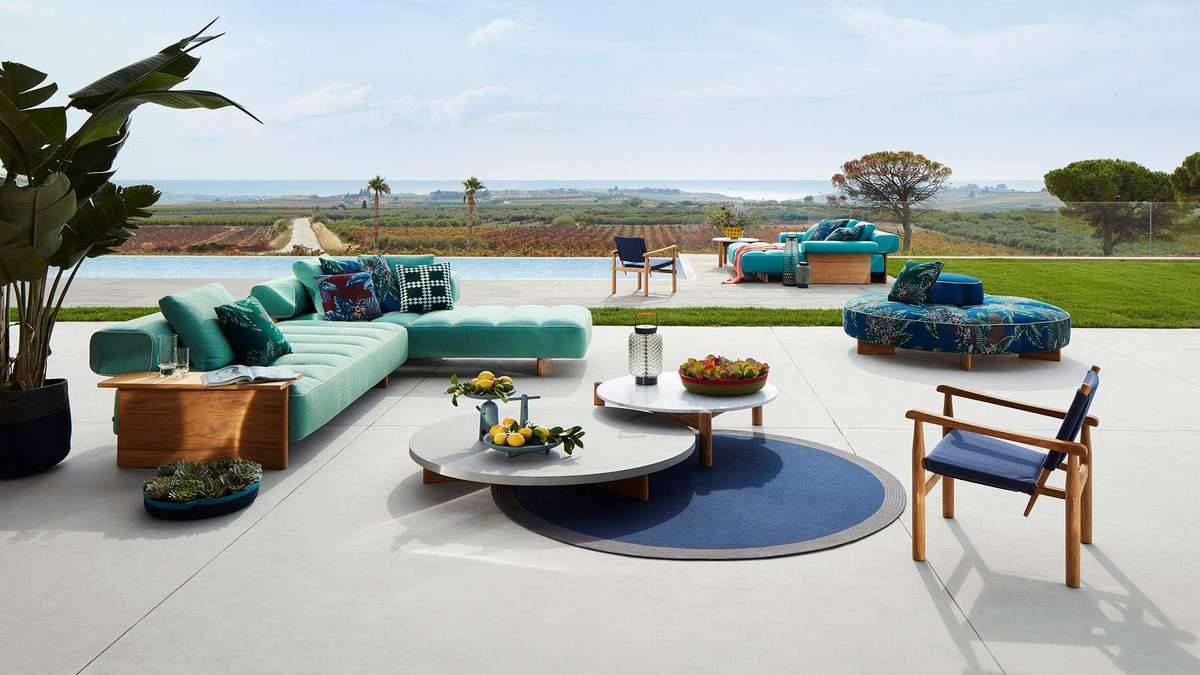 Італійський бренд Cassina представив колекцію меблів для відкритого простору – фото