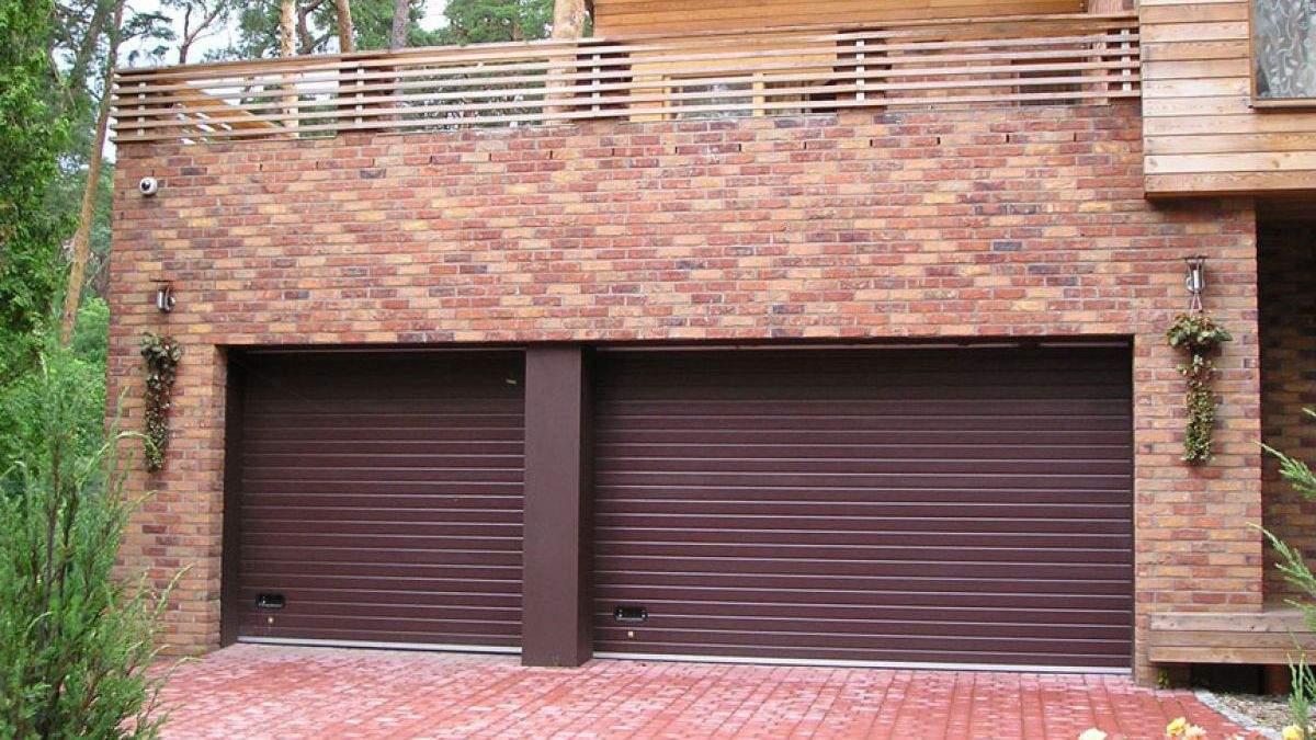 Гаражні ворота: як красиво оновити вхід в гараж – фото