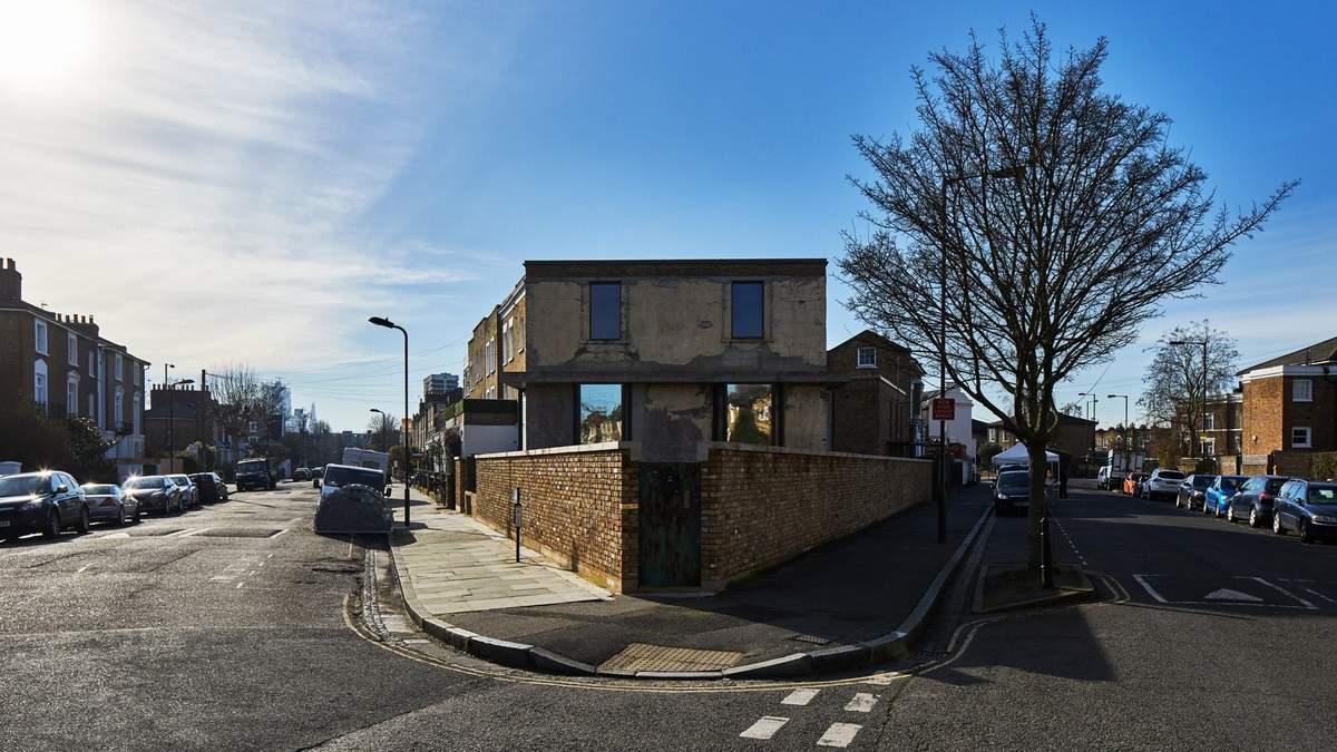 Британец показал как обновил дом в Лондоне, под которым нашли 20-метровый тоннель – фото
