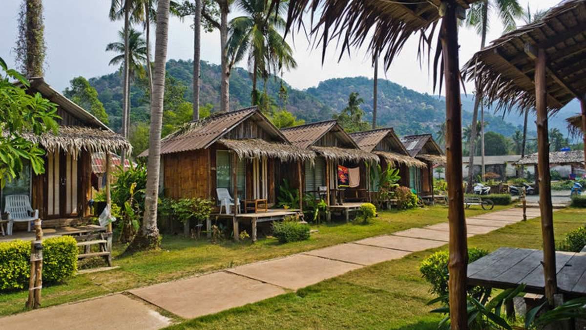 """В Таїланді побудували класну кімнату з """"відкритими"""" стінами – фото"""