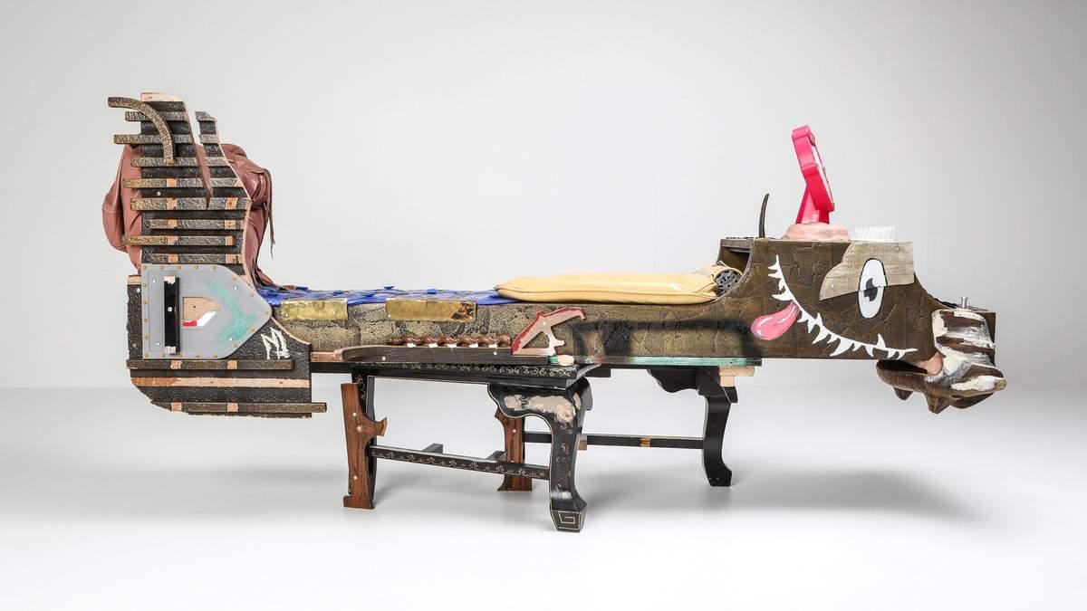 Дизайнеры из Бельгии создали коллекцию мебели из мусора – фото
