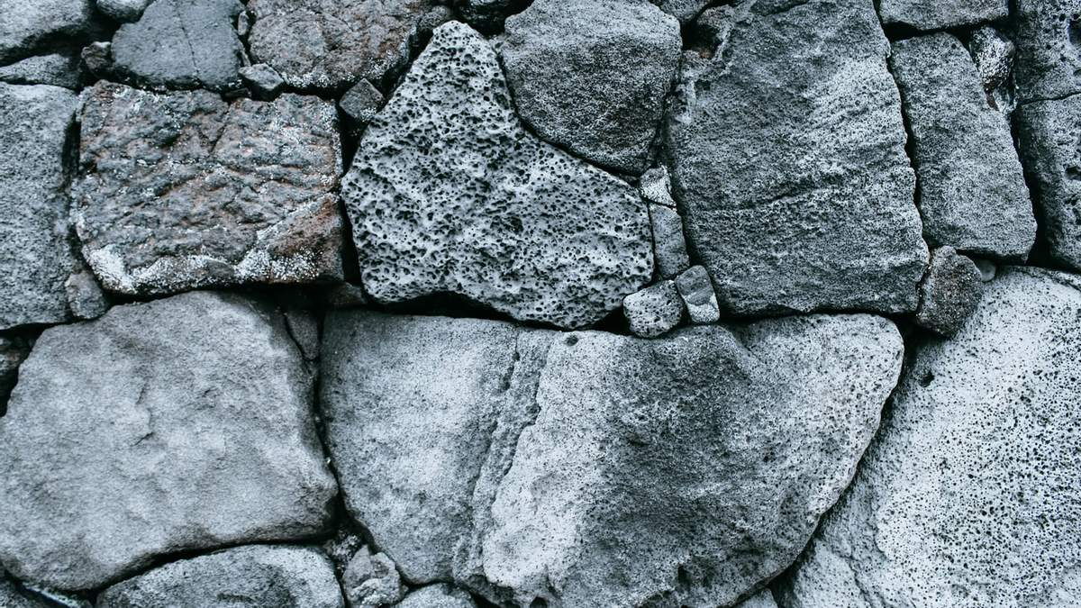 Кам'яний вік в архітектурі: в Лондоні відкрили виставку будинків, які побудовані з каменю