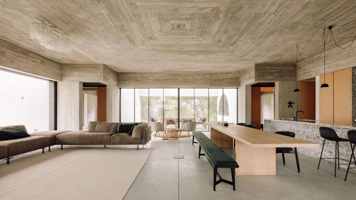 Гостиная в доме является центром и основным пространством
