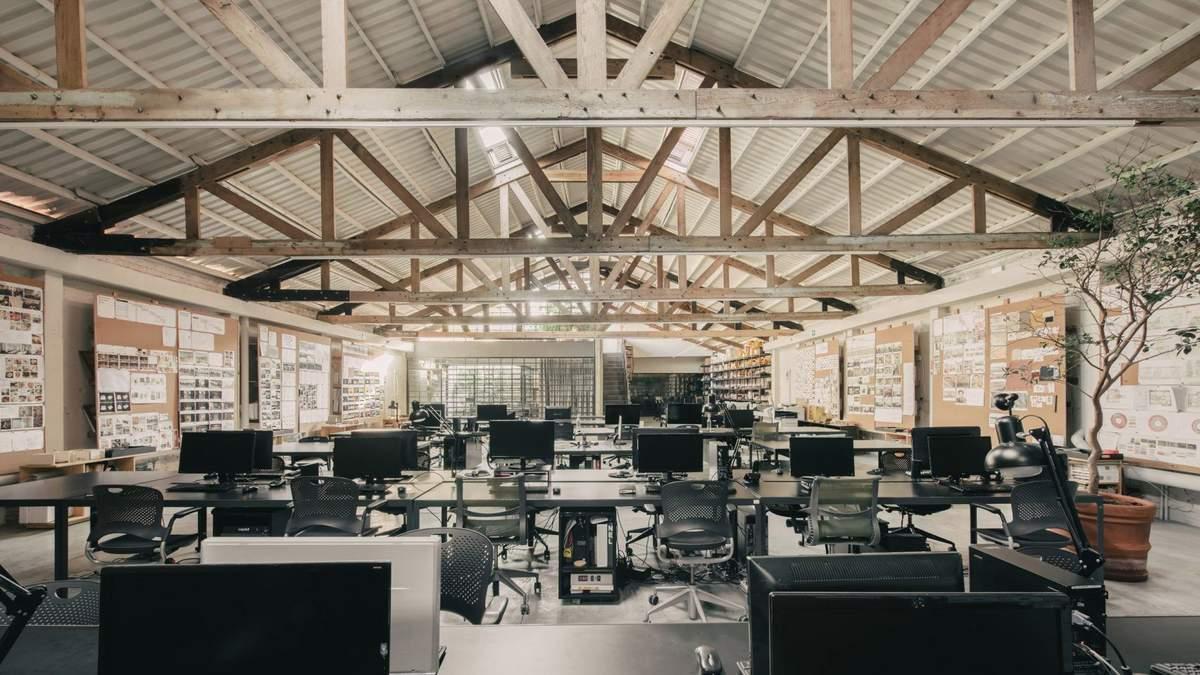 Атмосфера мастерской: фото обновленного интерьера студии мексиканских дизайнеров