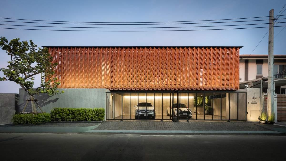 Интерьер жилья в Таиланде с озером внутри – фото, дизайн