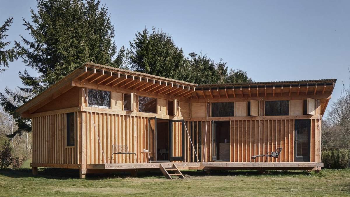 Экологический дизайн: в Нидерландах спроектировали деревянный мини дом для отдыха – фото