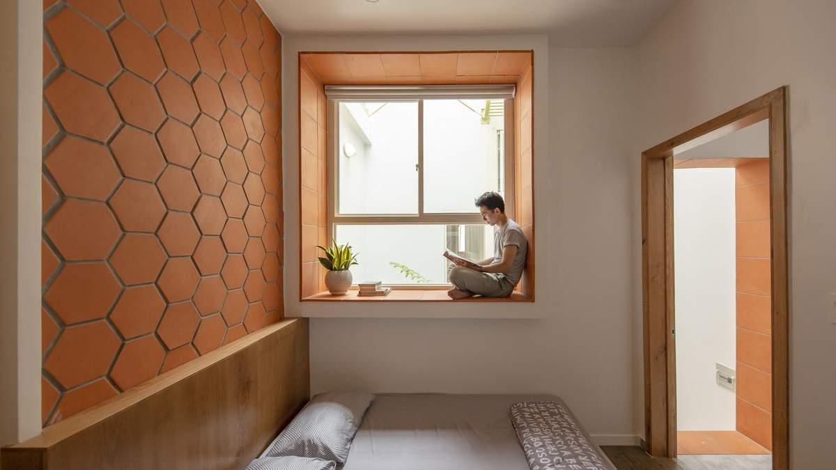 Морквяний колір в інтер'єрі: фото маленького приватного будинку з В'єтнаму