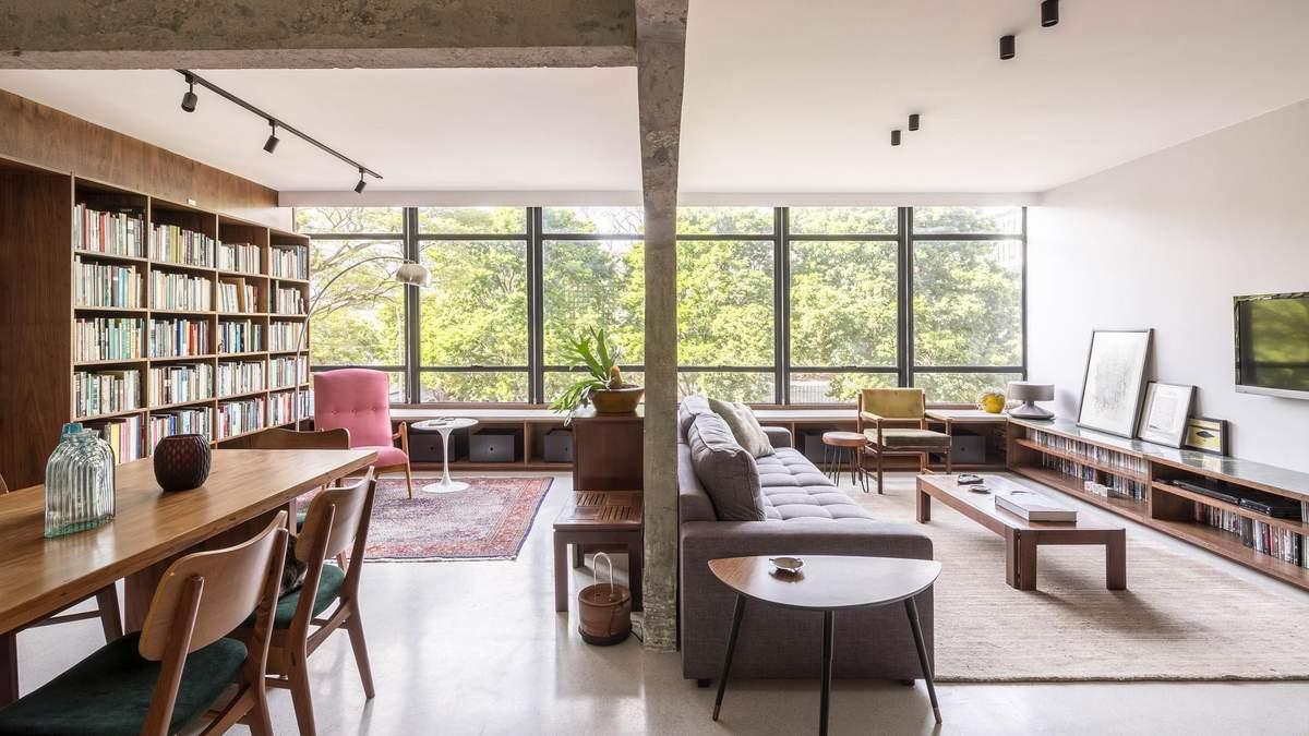 Как стильно разделить квартиру на две части: пример из Латинской Америки – фото