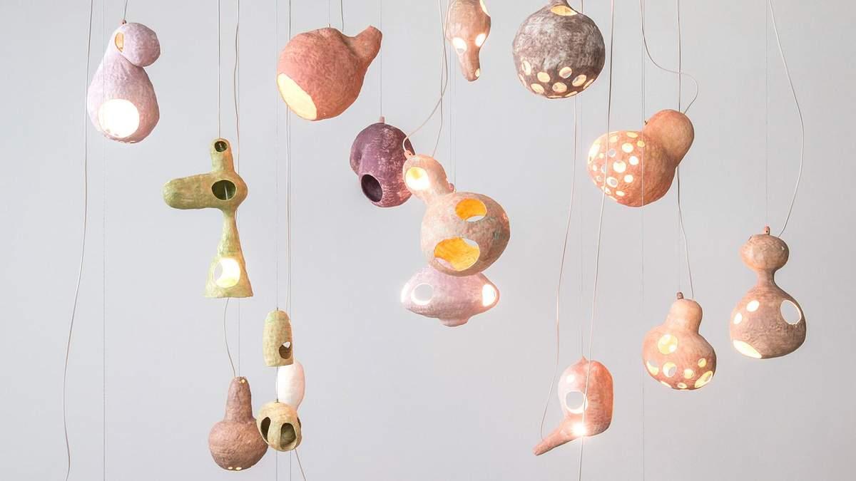 Максимально странная форма – дизайн светильников в стиле папье-маше: фото