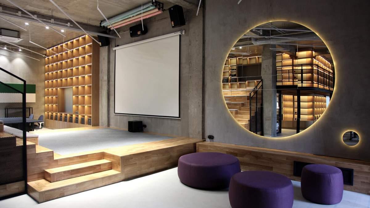Офіс виконали у стилі лофт