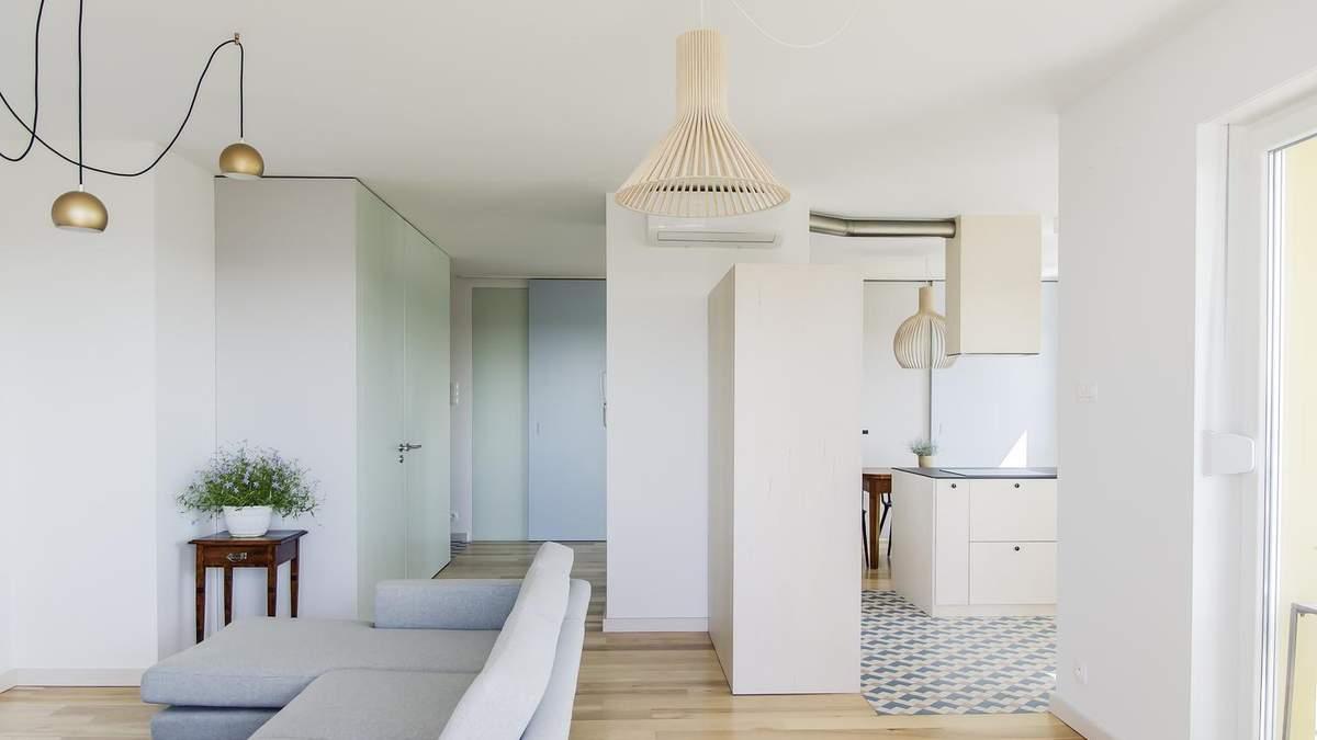 Класичний білий – дизайнери перепланували дві квартири в одну у Польщі: фото та проєкт