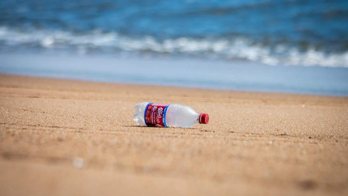 Как отремонтировать мебель с помощью пластиковой бутылки – фото
