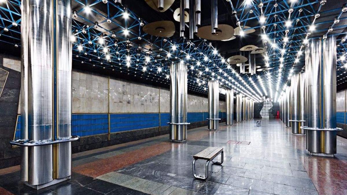 Интерьер станций в Киевском метро часто поражает туристов