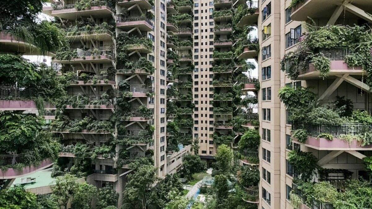 """""""Вертикальный лес"""" выглядит как кадр из фантастического фильма"""