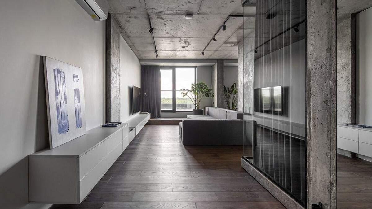 Тотальный серый и прозрачная ванная: неординарный дизайн квартиры в Киеве – фото