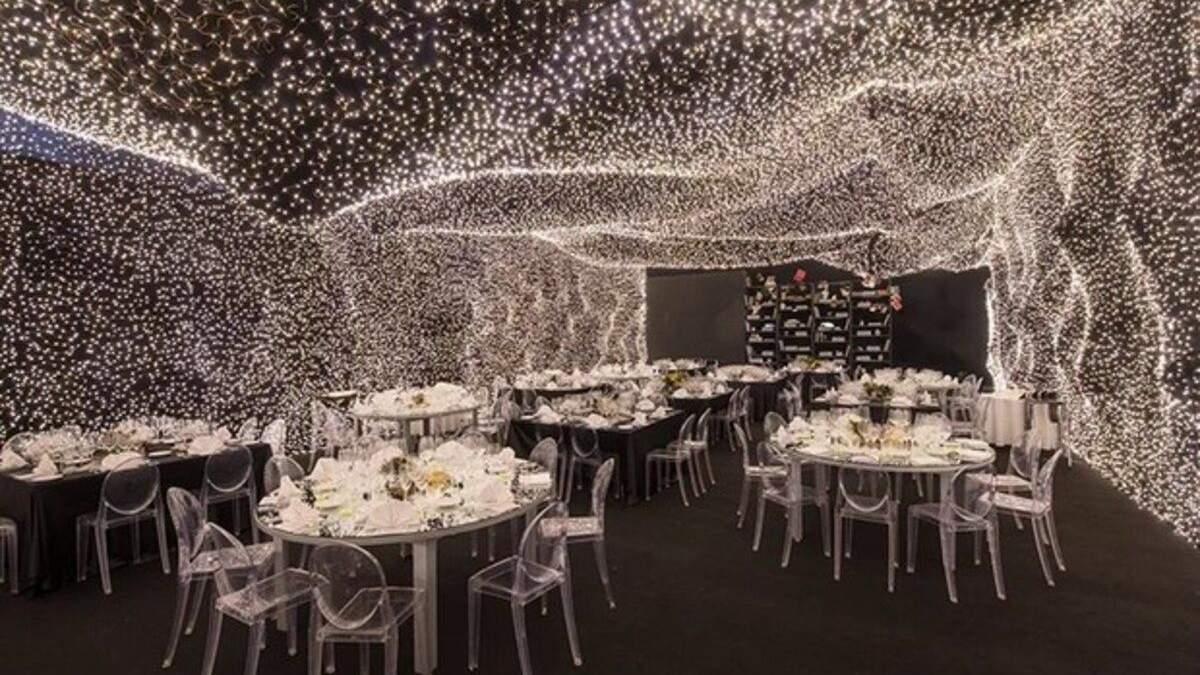"""Побывать в невесомости: в Мексике открыли кафе по мотивам """"Интерстеллара"""" – фото интерьера"""
