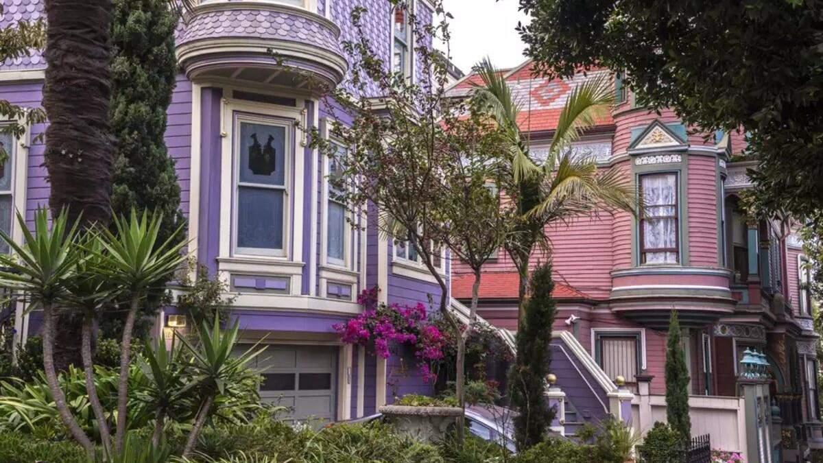Старі будинки, що мають власний Instagram: красива добірка