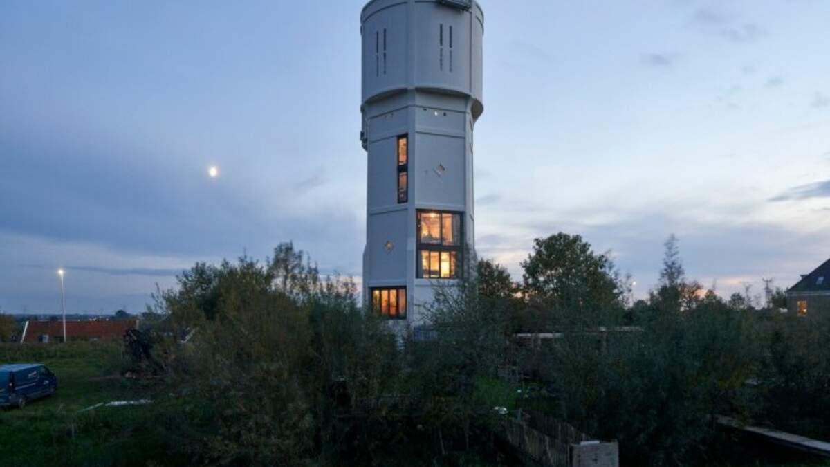 Жити у вежі: як з водонапірної башти зробили стильний дім і скільки це коштує