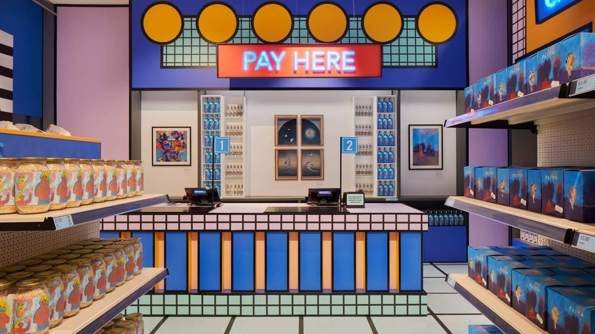 В Лондоне открыли яркий супермаркет: фото интерьера в стиле pop-up