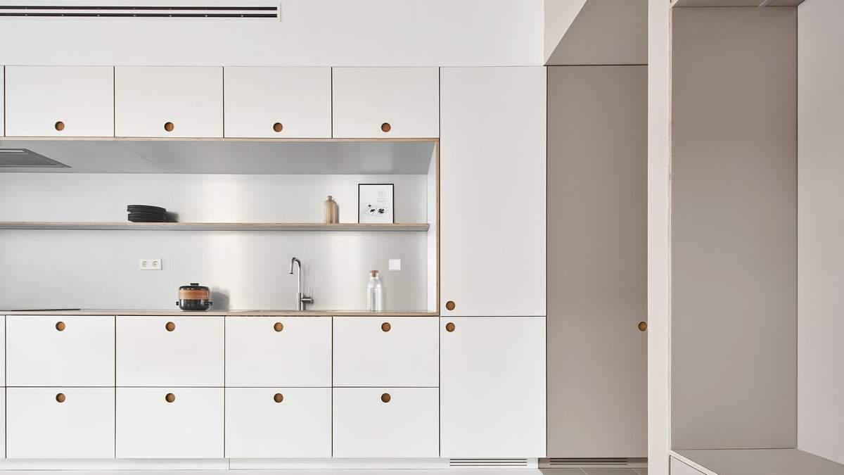 Уютная квартира в Испании с невероятными сочетаниями в стиле минимализм: фото интерьера