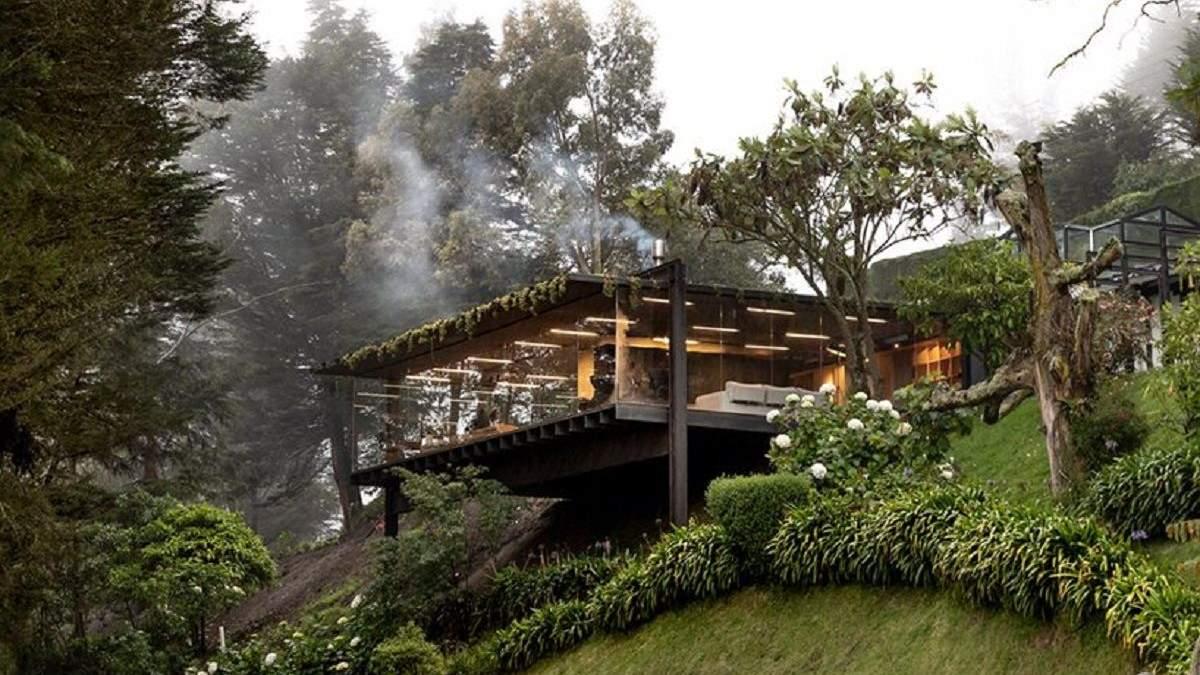 Стеклянный домик среди природы: фото невероятного проекта