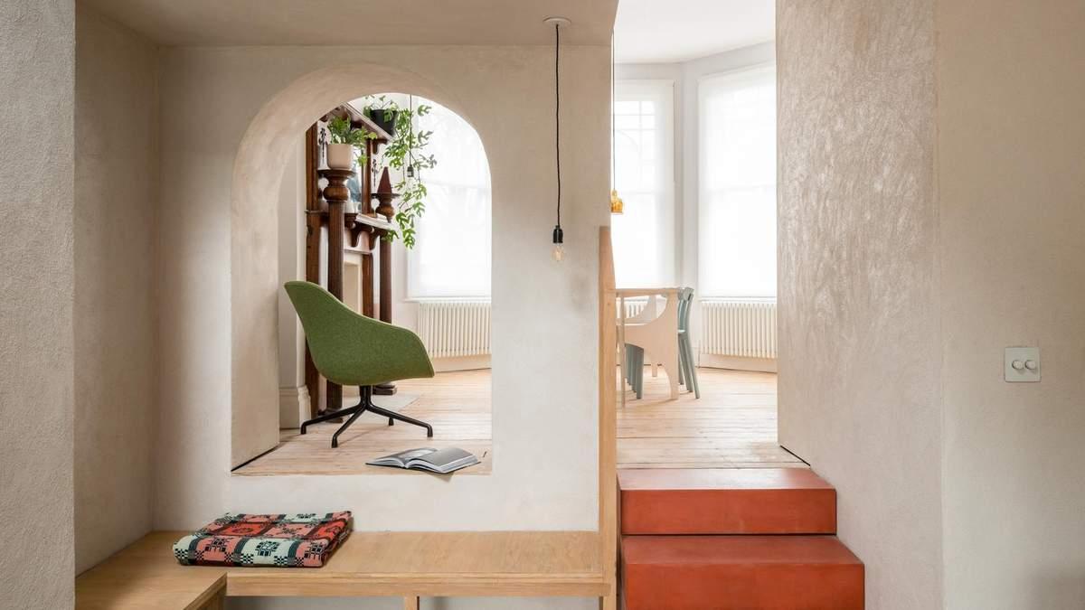 Цветной бетон на стенах и полу: как выглядит обновленный дом в Лондоне – фото