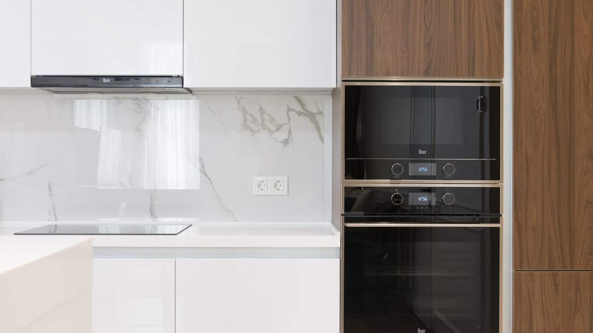 Розетки на кухні: дизайнерка поділилася секретами правильного встановлення