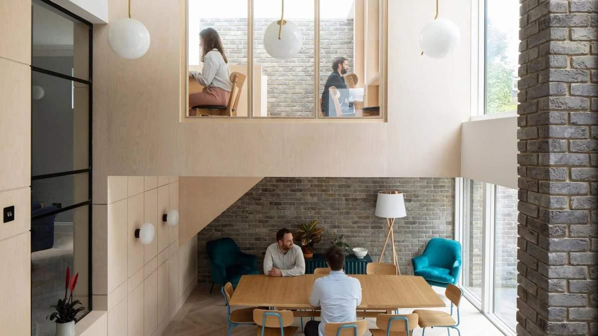 Невероятное перевоплощение жилья 20 века в коливинг для музыкантов: фото - Дизайн 24