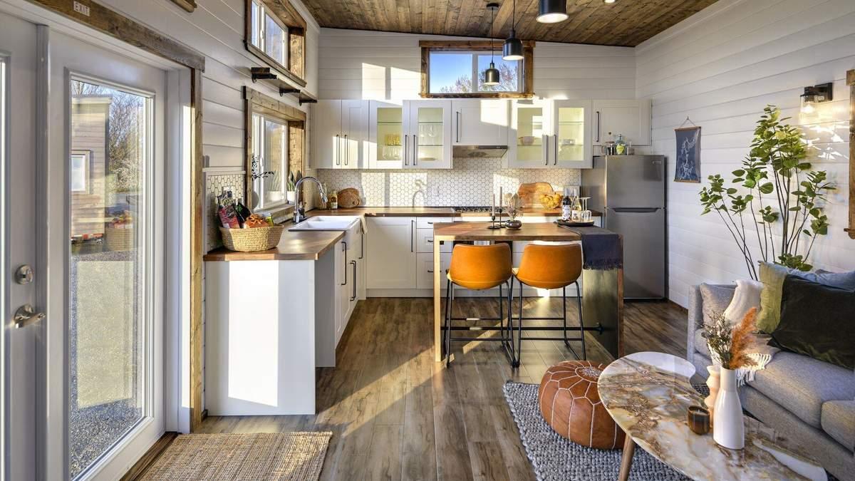 Сім'я переїхала в мобільний дім площею 49 квадратів: переваги крихітного житла - Дизайн 24