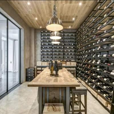 Локдаун та інтер'єр: 5 варіантів приватного бару в підвалі – фото