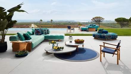 Итальянский бренд Cassina представил коллекцию мебели для открытого пространства – фото