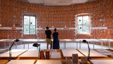 365 комнат и двухэтажный двор: в Словении реставрируют запущенный замок – интересные фото