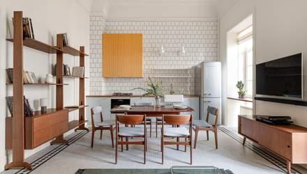 Високі стелі та кольорові акценти: як виглядає квартира на Золотих воротах – фото
