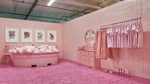 Художниця створила унікальний будинок з яскравими кімнатами: фото