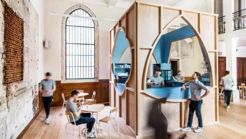 Бар в церкви: чем поражает интерьер смелого кафе в Антверпене