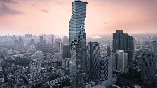 """На верхушке небоскреба, который """"сыплется"""", появилась смотровая площадка для бесстрашных"""
