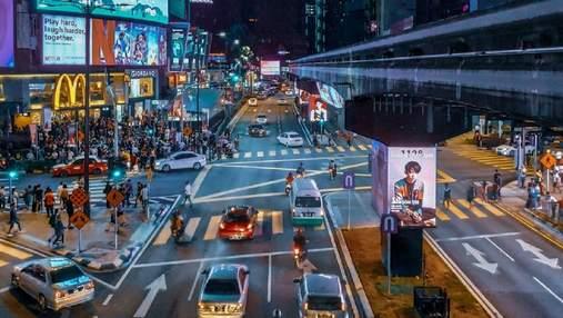 Сучасні перехрестя та світлофори не придатні для робомобілів