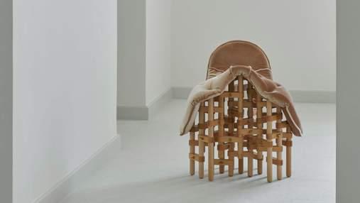 Ковбойське сідло: концепт дивного дерев'яного стільця, який є надзвичайно зручним – фото