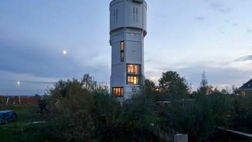 Жить в башне: как из водонапорного сооружения сделали стильный дом и сколько это стоит