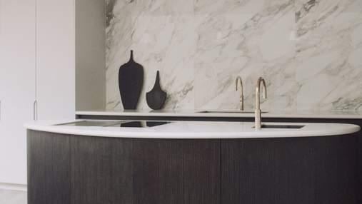 Ванна из глины и полная натуральность: как выглядит экологичный интерьер дома в Лондоне