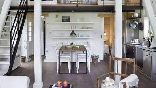 Красивый дом в заброшенном ангаре: пример интерьера из Польши – фото