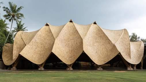 Бамбуковая арка: на Бали завершили строительство уникального школьного пространства