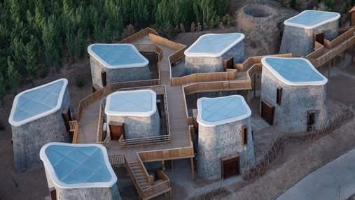 Жизнь в пещере: невероятный проект в Китае