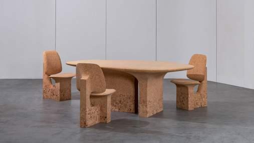 Дизайнер изготавливает мебель из коры деревьев, пострадавших из-за лесных пожаров