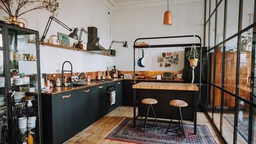 Мода та елегантність: чи варто обирати чорну кухню